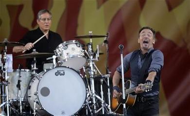 Bruce Springsteen at 2014 Jazz Fest - AP | Bruce Springsteen | Scoop.it