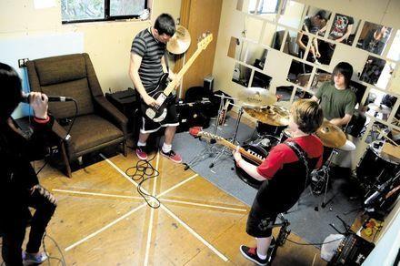 Teen band seeks financial support for video - TheNewsTribune.com | Social Media Teen Idols | Scoop.it