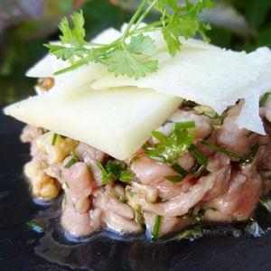 Tartare de veau au Cantal | The Voice of Cheese | Scoop.it