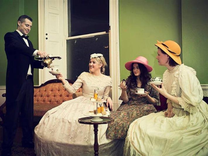 Very Vintage Style Hen Party Ideas | OneFabDay.com UK | Wedding Ideas | Scoop.it