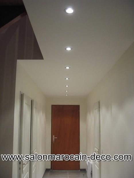 Faux plafond couloir style marocain - Salon mar...