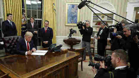 President Trump's First Hours In Office | itsyourbiz | Scoop.it