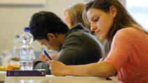 'Onderwijs dat draait om achten en negens is inhoudelijk even hol als de zesjescultuur' | Social learning - Het Nieuwe Leren | Scoop.it
