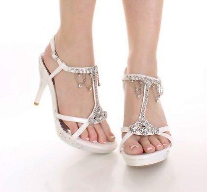 Rhinestone' in Wedding Shoes | Scoop.it