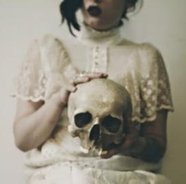 Le Clavier Cannibale: Cent phrases en une (Un art de la défaite, 1) | Art et littérature (etc.) | Scoop.it