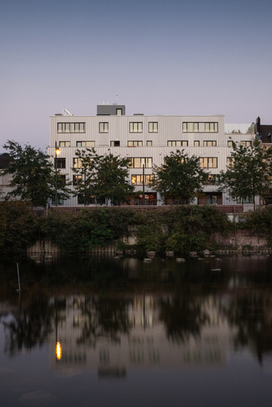 An Aluminum-Clad Apartment Complex Built by a Cooperative in Brussels | green streets | Scoop.it
