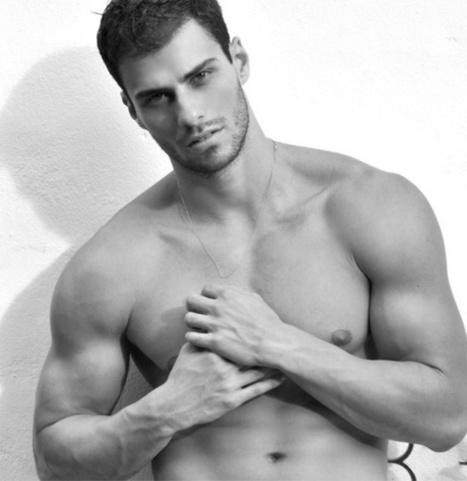 Lucas Malvacini models wearing the ES Collectionswimwear | QUEERWORLD! | Scoop.it