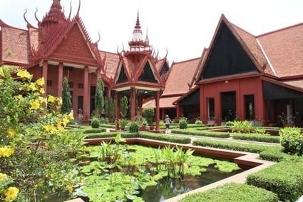 Parmi fleuves, montagnes et pagodes : le Laos et le Cambodge   Circuits et voyages Cambodge   Scoop.it