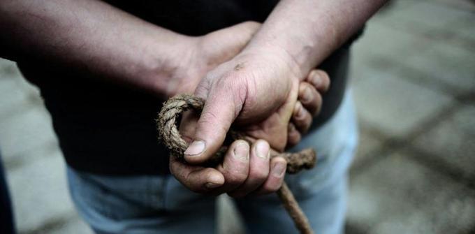 FRANCE : Loin de «l'éternel paysan», lafigure très paradoxale de l'agriculteur français