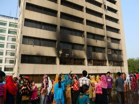 Another Fire Breaks Out in Bangladesh as Rana Plaza Death Toll Tops 900 | Ecouterre | Sustainable business arts | Scoop.it