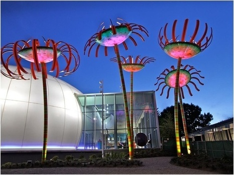 Seattle's New Streetlights Are 40-Foot-Tall Singing Flowers | green streets | Scoop.it