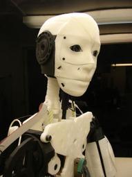 Un robot qui essaie d'anticiper les actions des humains | Libertés Numériques | Scoop.it