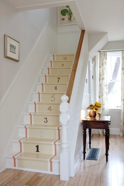 Painted Staircaes: An Element of Surprise | What Surrounds You | Scoop.it