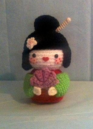 Crochet Japanese Amigurumi Dolls Kimono Pattern - Crochet News | 427x306