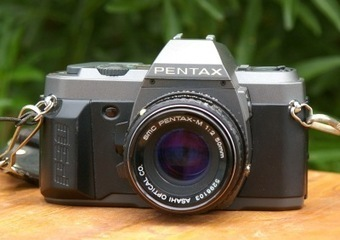 Working Vintage Pentax P30 t 35mm Film Camera with Lens Cap, Wrist and Neck Straps | Vintage Passion | Scoop.it
