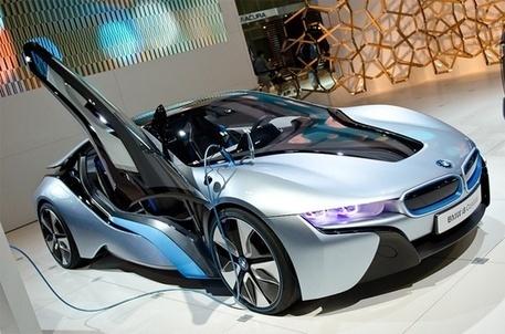 Bmw I8 Hybrid Electric Car With Bmw Performan