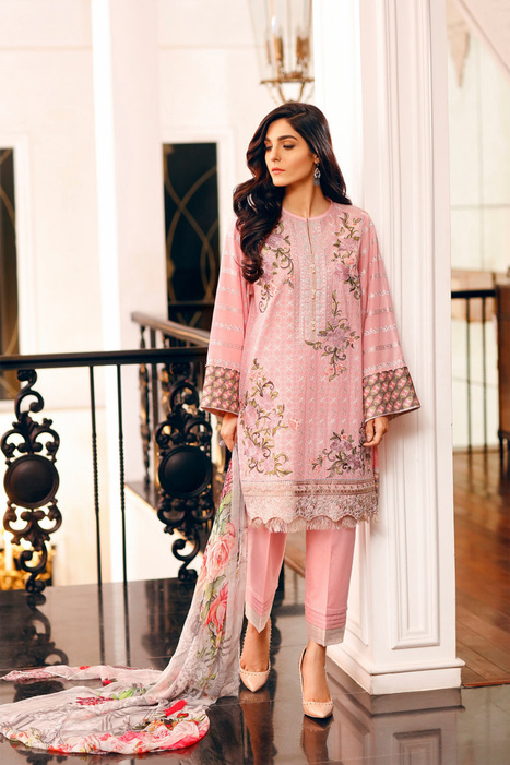 34a4904d7d Why people go crazy over Pakistani Lawn summer suits this season? | Buy  Pakistani Clothing