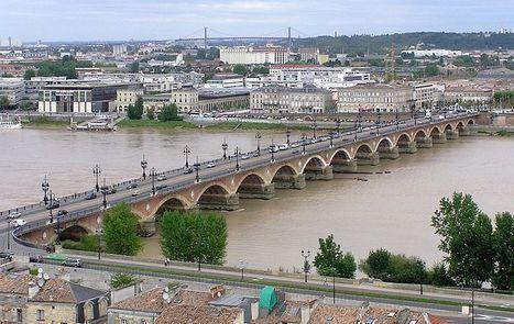 Le vieux pont de pierre de Bordeaux doit être consolidé   L'observateur du patrimoine   Scoop.it