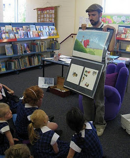 The Book Chook: Telling Stories with Words and Pictures - Guest Post | Visual Literacy | Scoop.it