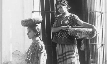 EASY ITALIA | The helpline for tourists | Genoa pays tribute to Tina Modotti | black and white film photo | Scoop.it