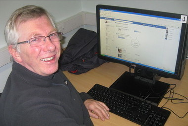 Over 50s take Facebook training in Nottingham libraries | The Information Professional | Scoop.it