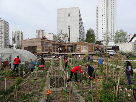 A Colombes, la lutte d'une ferme urbaine contre un parking - le Monde | biodiversité en milieu urbain | Scoop.it