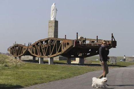 Deux passerelles du Débarquement retrouvent les plages de Normandie   La revue de presse de Normandie-actu   Scoop.it