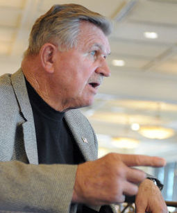 GRISWOLD: Ditka bemoans lack of loyalty in NFL - La Crosse Tribune | Ethics Sports: Ramirez, Daniel | Scoop.it