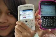 Gratuits, les réseaux sociaux remplaceront-ils les SMS et appels surtaxés? - médias - Actualités sur orange.fr | médias sociaux, e-reputation et web 2 | Scoop.it