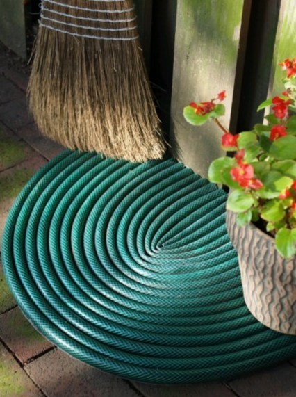 Garden hose door mat | Upcycled Garden Style | Scoop.it