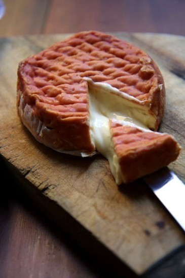 A focus on the Epoisses Cheese | Burgundy Flavour | Scoop.it