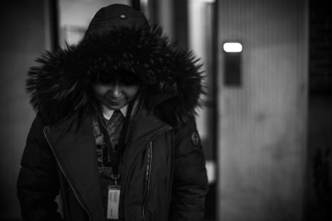 Sophie, intérimaire de nuit à l'aéroport de Roissy : une « bouche-trou » traitée « comme de la merde » | Econopoli | Scoop.it