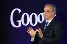 Google's Eric Schmidt Can't Explain Apple | AllAboutSocialMedia | Scoop.it