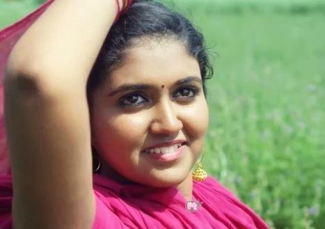 Raja Abroadiya marathi movies free downloadgolkes