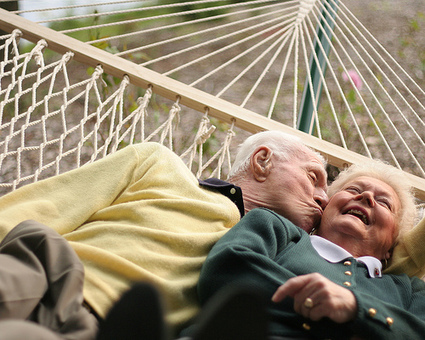 60 Tiny Love Stories to Make You Smile | Resilient Relationships | Scoop.it