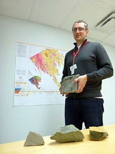 Carving stone deposits found near Iqaluit | Inuit Nunangat Stories | Scoop.it