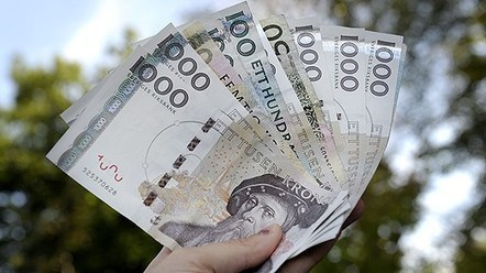 Lurade ungdomsforeningar pa pengar