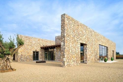 maison pierre contemporaine par total concepts californie usa construire tendance. Black Bedroom Furniture Sets. Home Design Ideas