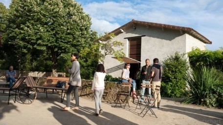 Fun new rolling furniture in France creates gathering spaces along the River Sèvre | Nantes, Take the journey ! | Scoop.it