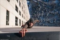 Daredevil Hangs Off Tall Buildings | Visual & digital texts | Scoop.it