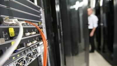 La CAF et de la CGSS très perturbées par les bugs d'internet : Câble Safe endommagé : le versement des prestations sociales a failli ramer