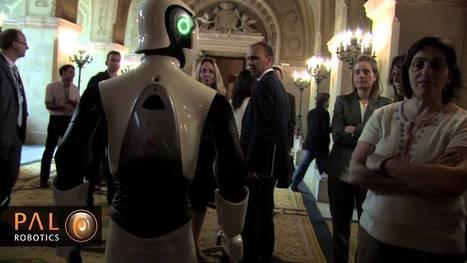 REEM at the f (c+t) opening ceremony (Barcelona) | Une nouvelle civilisation de Robots | Scoop.it