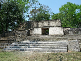 Cahal Pech, Maya Ruin located in San Ignacio, Cayo   Discover Belize Travel Magazine   Belize Travel and Vacation   Scoop.it