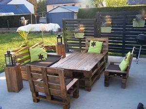 Salon de #jardin et mon claustras en #palettes ...