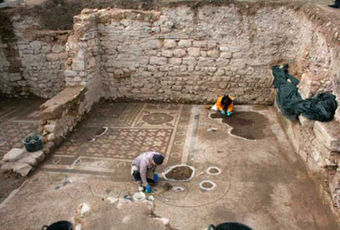 More on Mosaic floor unearthed at Plotinopolis | Discovering the past | Scoop.it