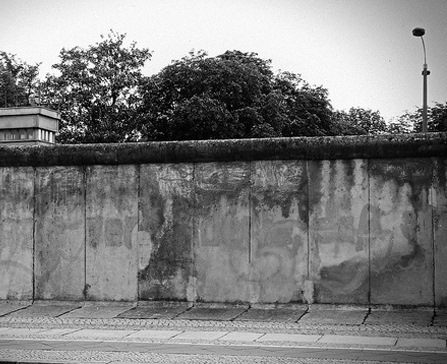 Fifty Years Later, The Berlin Wall Goes Digital | Transmedia: Storytelling for the Digital Age | Scoop.it