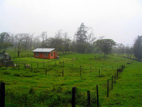 Farmland on a cloudy day, Costa Rica | Tilting at Windmills | Scoop.it