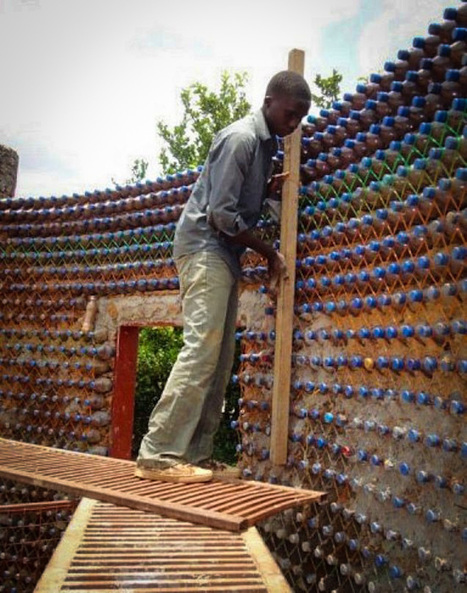 Nigerians Are Building Fireproof, Bulletproof, And Eco-Friendly Homes With Plastic Bottles And Mud | Environment & Ecology | Scoop.it