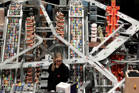 Chris Burden's Kinetic Sculpture of a Fast-Paced Modern City | Visual*~*Revolution | Scoop.it