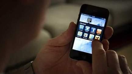 Jeugd staat 1050 euro rood, mobieltje grote boosdoener | mediacoaching en welzijn | Scoop.it